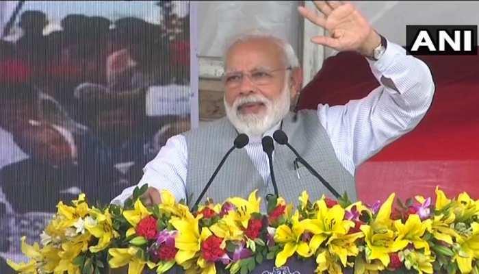 PM मोदी बोले, पहले सरकारी धन के दुरुपयोग और घोटाले के लिए जाना जाता था नोएडा-ग्रेटर नोएडा