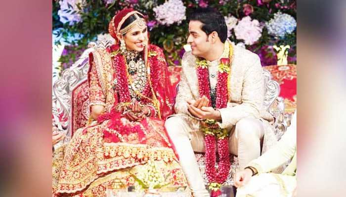 सात फेरों के बाद आकाश और श्लोका ने अंग्रेजी में पढ़े शादी के 7 वचन, देखें VIDEO