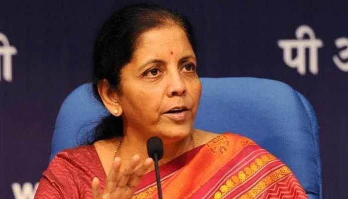 रक्षा मंत्री सीतारमण बोलीं, 'यूपीए सरकार ने अर्द्धसैनिक बलों के शहीदों को लाभ से वंचित रखा'