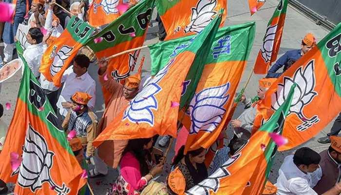 UP: अगले 3 दिन में BJP जारी कर सकती है प्रत्याशियों की पहली लिस्ट, इन सांसदों का कटेगा टिकट!