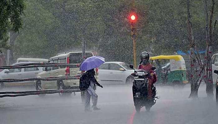 राजस्थान: जयपुर के कई हिस्सों में तेज बारिश के साथ गिरे ओले, तापमान में हुई गिरावट