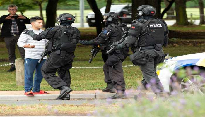 न्यूजीलैंड: मस्जिद पर हमला करने वाले बंदूकधारी ने हटाया अपना वकील, बोला- 'खुद करूंगा पैरवी'