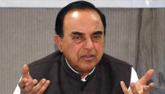 स्वामी ने पीएम मोदी और वित्त मंत्री जेटली पर उठाए सवाल, कहा- नहीं जानते अर्थशास्त्र