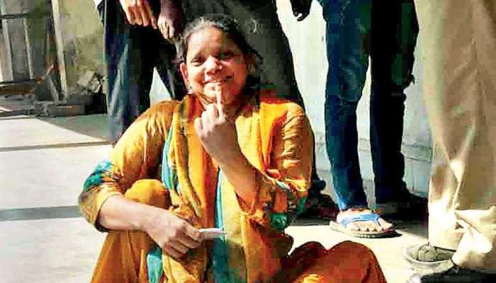 महाराष्ट्र में EC ने ज्यादा दिव्यांग मतदाताओं के लिए विशेष इंतजाम किए