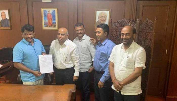 गोवाः सहयोगी दल के 3 में से 2 विधायक बीजेपी में हुए शामिल, पार्टी की बढ़ी ताकत