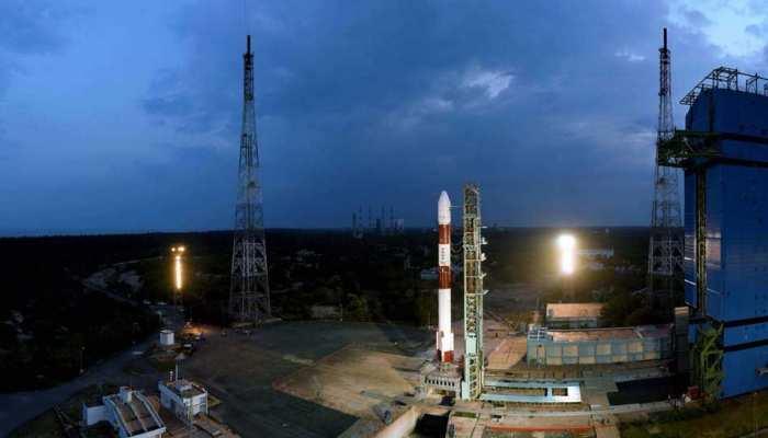 28 नैनो उपग्रह ले जाने वाले पीएसएलवी-सी45 मिशन की उल्टी गिनती शुरू