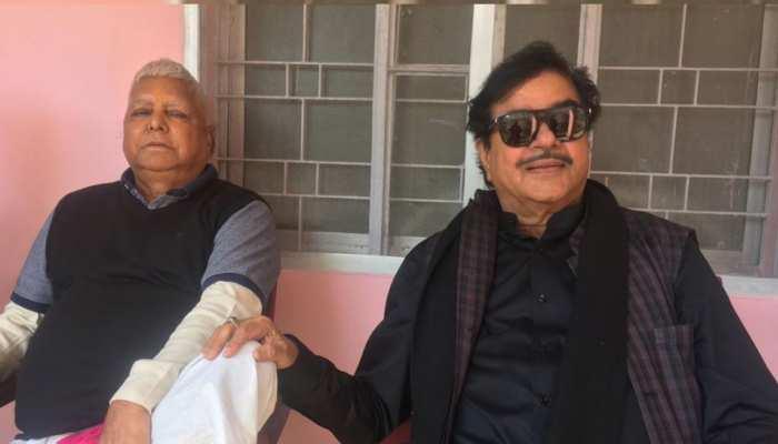 शत्रुघ्न सिन्हा ने कहा- लालू यादव के सुझाव के बाद लिया कांग्रेस में जाने का फैसला