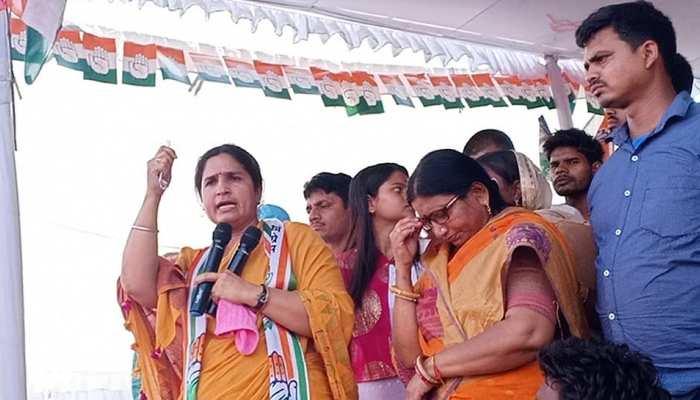 कांग्रेस प्रत्याशी रंजीत रंजन ने सुपौल से भरा पर्चा, महागठबंधन की सरकार बनाने की अपील