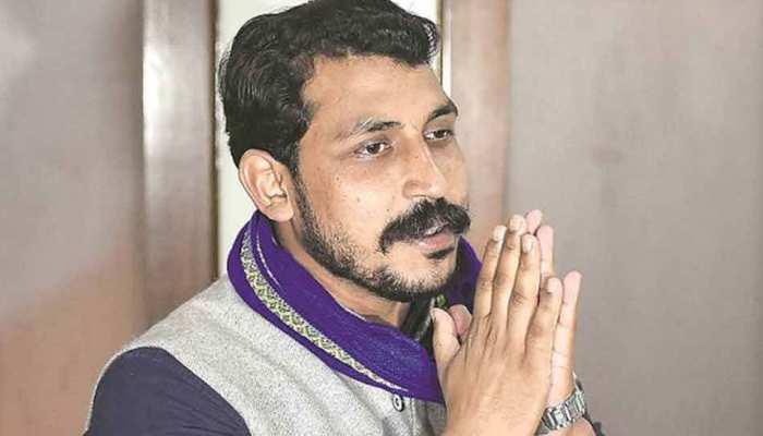 चंद्रशेखर आजाद ने साधा समाजवादी पार्टी पर निशाना, कहा- 'अखिलेश, मुलायम तो बीजेपी के एजेंट हैं'