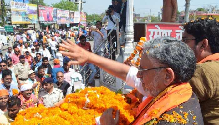 आतंकवाद का समर्थन करने वालों को जनता परास्त करेगी : सुशील मोदी