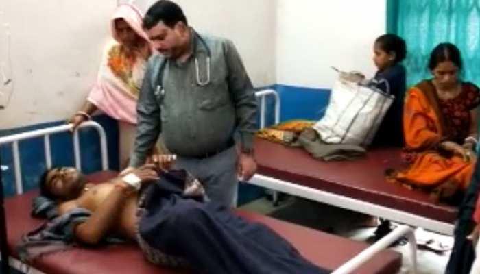 बक्सर में पिकवैन पलटने से 17 लोग घायल, सभी घायलों को अस्पताल में चल रहा इलाज