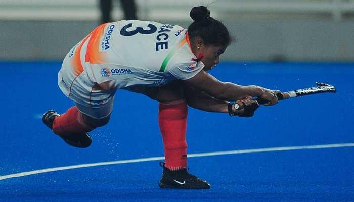 Hockey: भारतीय महिला हॉकी टीम ने बिखेरा जलवा, मलेशिया को 3-0 से हराया