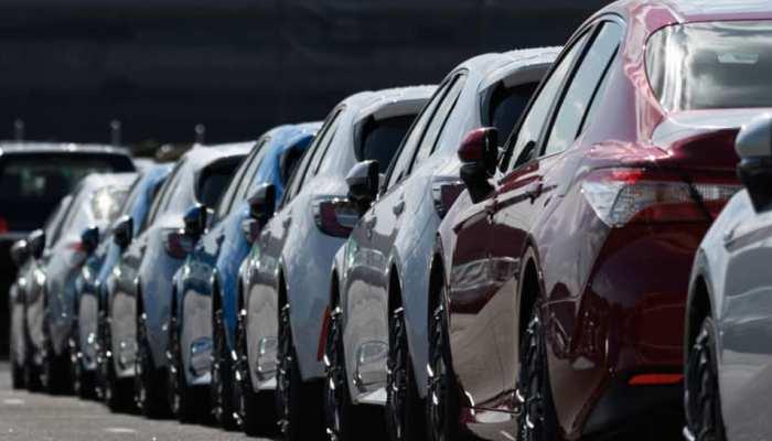 कारों की बिक्री में बड़ी गिरावट, सियाम ने जारी किए आंकड़े