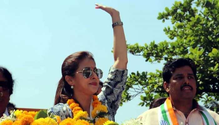 congress candidate Urmila Matondkar Has Net Worth of Rs 68.28 crore