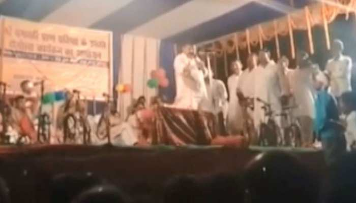 जहानाबाद: RJD उम्मीदवार के बिगड़े बोल, पीएम मोदी के लिए किया अपशब्दों का इस्तेमाल