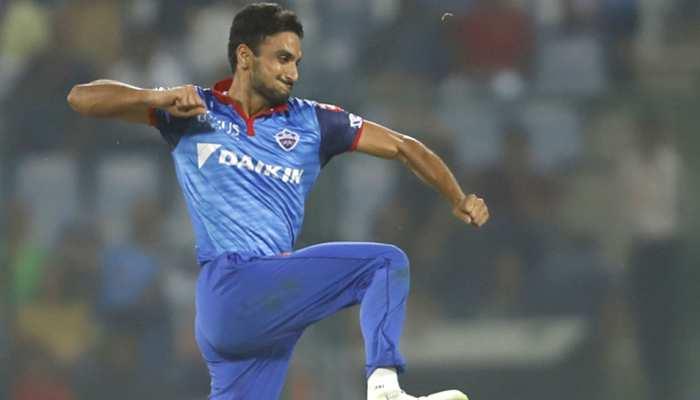 IPL 2019: दिल्ली के हर्षल पटेल आईपीएल से बाहर, सामने आई ये वजह