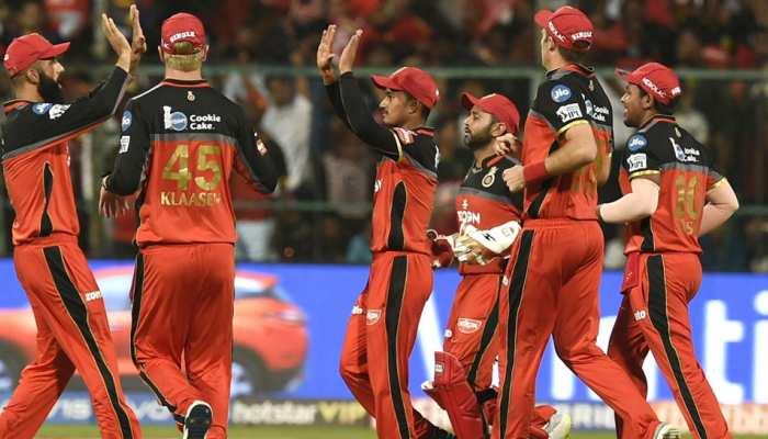 IPL 2019: अस्पताल में जिंदगी की जंग लड़ रहे हैं पिता, RCB का ये खिलाड़ी यूं निभा रहा अपना फर्ज