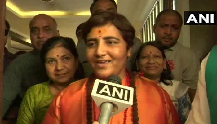 BJP के 4 नए उम्मीदवारों की सूची जारी, भोपाल में साध्वी प्रज्ञा vs दिग्विजय सिंह
