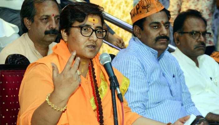 हेमंत करकरे को हमने हमेशा शहीद माना है, साध्वी प्रज्ञा का बयान निजी: BJP