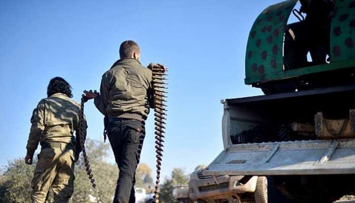 आईएस के हमले में 48 घंटे में सीरियाई सरकार समर्थक 27 लड़ाकों की मौत