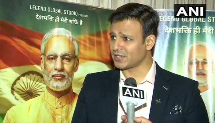 विवेक ओबेरॉय ने शिरडी में की पूजा-अर्चना, PM मोदी पर बनी फिल्म रिलीज की मांगी दुआ