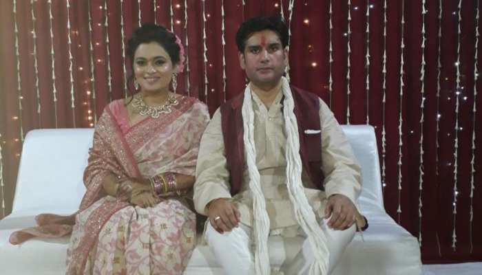 रोहित शेखर हत्याकांड: पत्नी पर गहराया शक, पुलिस ने नौकरों के साथ हिरासत में लिया