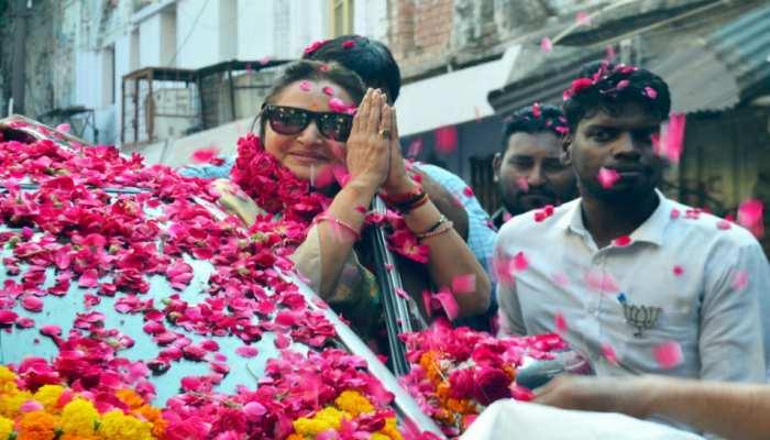 आजम के बेटे के 'अनारकली' वाले बयान पर जया प्रदा ने कहा, 'मैं उसे बेटे के रूप में देखती थी'