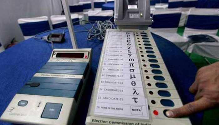कश्मीर के अनंतनाग जिले में कड़ी सुरक्षा के बीच मतदान जारी, फीकी रही शुरुआत