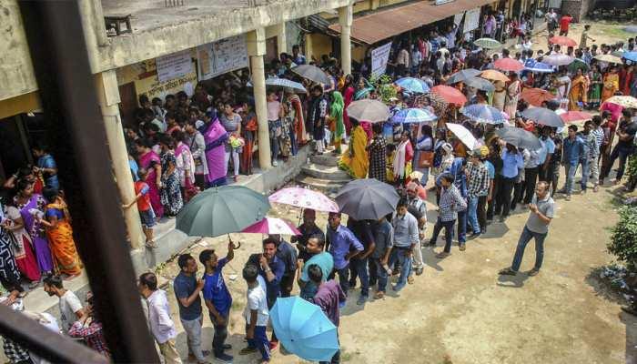 लोकसभा चुनाव: शाम 5.30 तक हुई 61.31% वोटिंग, बंगाल में हुआ जमकर मतदान