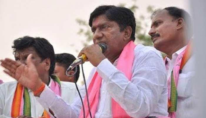 करीमनगर लोकसभा: टीआरएस के गढ़ को भेदने की चुनौती, कांग्रेस को कड़ी टक्कर