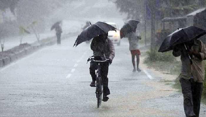 देश के इन इलाकों में 48 घंटों में होगी भारी बारिश, दिल्ली में भी आज गरज के साथ होगी बरसात