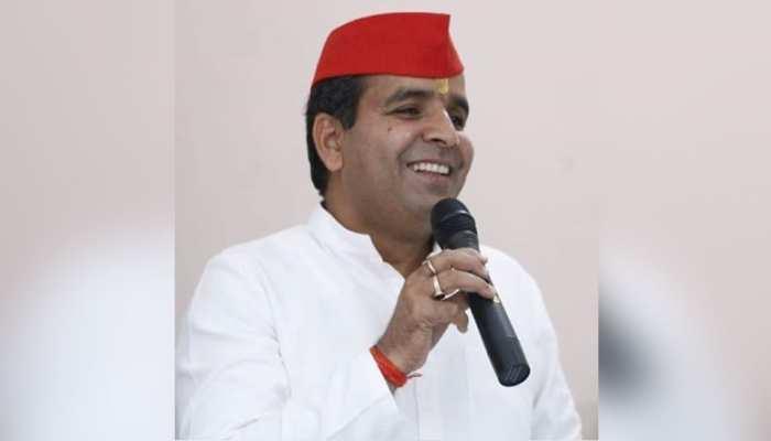 UP: बदायूं से सपा के उम्मीदवार धर्मेंद्र यादव ने EVM से छेड़छाड़ का आरोप लगाया