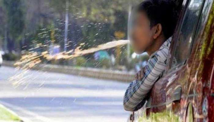 भारत में यहां हुआ पहली बार पान मसाला थूकने पर चालान, थूकते हुए CCTV में हुआ था कैद