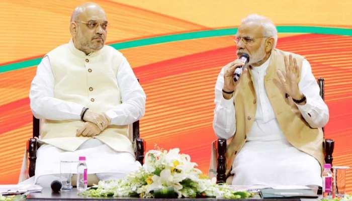 आचार संहिता उल्लंघन: PM मोदी, शाह पर आरोप लगाने वाली याचिका पर EC को नोटिस