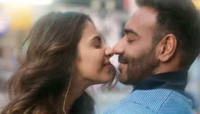 रिलीज हुआ 'दे दे प्यार दे' का 'चले आना', गाने में दिखा अजय-रकुल का इमोशनल रिश्ता!