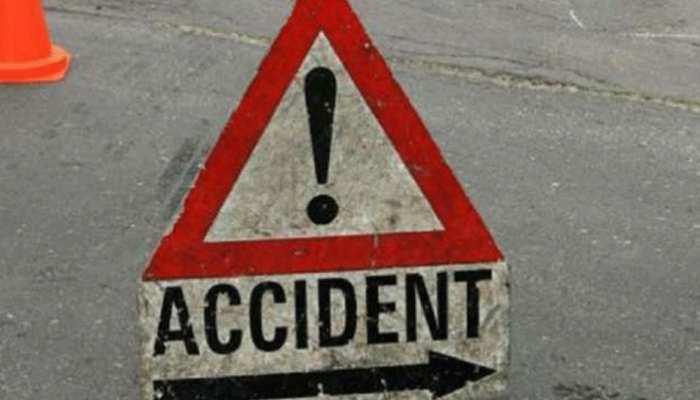 छत्तीसगढ़ के बेमेतरा में गाड़ी पलटने से दूल्हे समेत 3 लोगों की मौत, 2 लोग घायल