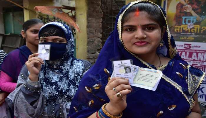 लोकसभा चुनाव 2019: पांचवें चरण की वोटिंग खत्म, देश में 62.56% मतदान, वोट देने मेें बंगाल सबसे आगे