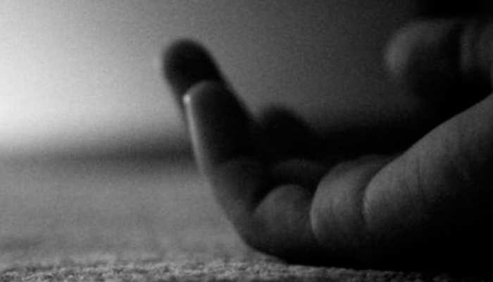बिजनौर: पति से झगड़े के कारण मां ने दो बेटियों के साथ जहर खाकर की आत्महत्या