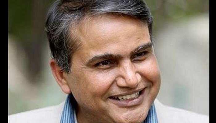 नयी दिल्ली: 'आप' को एक और झटका, विधायक देवेंद्र सहरावत बीजेपी में शामिल