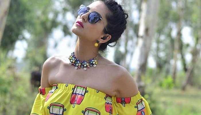 जयपुर में छुट्टियां मना रही हैं एक्ट्रेस सनी लियोनी, समर लुक हुआ Viral