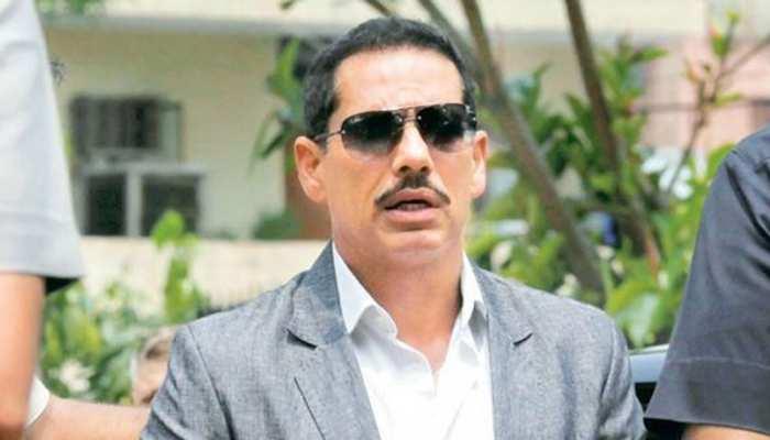 रॉबर्ट वाड्रा ने प्रधानमंत्री मोदी से कहा, 'मेरे खिलाफ व्यक्तिगत हमले करना बंद करें'