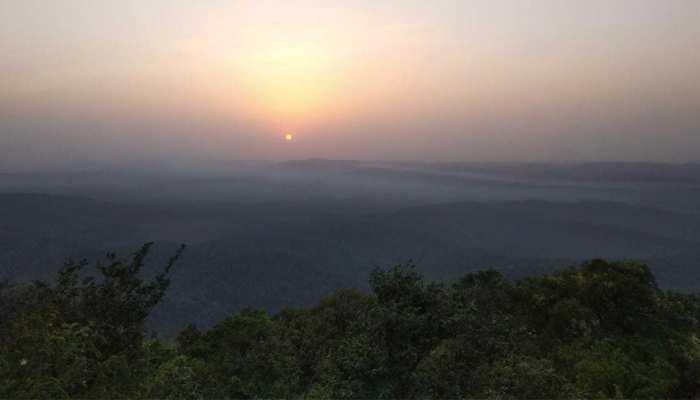 चाईबासा का सारंडा जंगल : कभी नक्सलवाद की जद में था, आज वोटिंग के लिए है तैयार