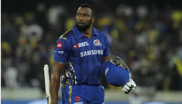 IPL 2019: कीरोन पोलार्ड पर लगा जुर्माना, मैदान में किया था ऐसा मजाक