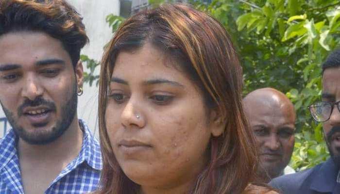 ममता के मीम्स शेयर करने के मामले में गिरफ्तार बीजेपी नेता की याचिका सुनवाई कल