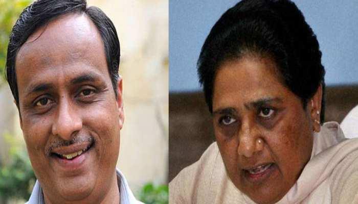 मायावती को 'टॉनिक' की जरूरत है, वह राजनीतिक अवसाद से पीड़ित हैं: दिनेश शर्मा