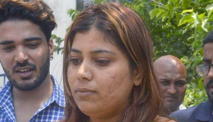 ममता बनर्जी के मीम्स पर गिरफ्तार BJP कार्यकर्ता की याचिका पर मंगलवार को होगी सुनवाई