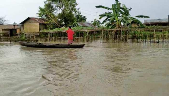 असम में पहली बार गर्मी के मौसम में बाढ़ ने मचाई तबाही, डिब्रूगढ़ में 50 हजार लोग बेघर