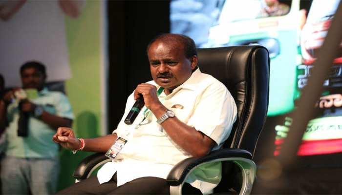 कर्नाटक: कुमारस्वामी बोले, 'खड़गे को बहुत पहले ही मुख्यमंत्री बना दिया जाना चाहिए था'