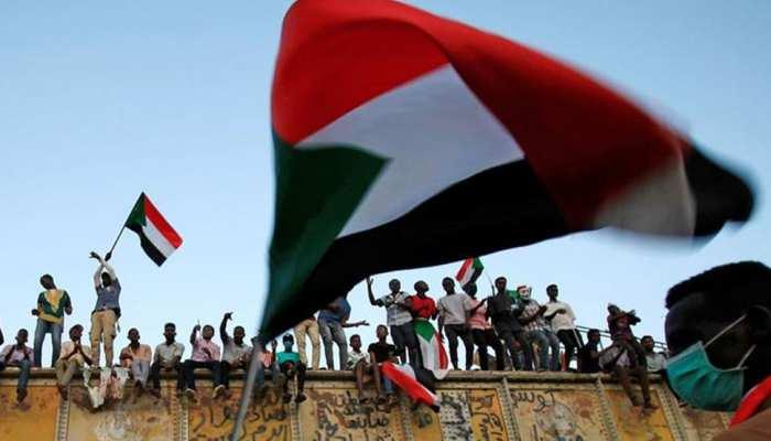 नेतृत्व से जूझ रहे सूडान के शासकों से वैश्विक शक्तियों ने किया आग्रह, कहा- 'दोबारा बातचीत शुरू करो'