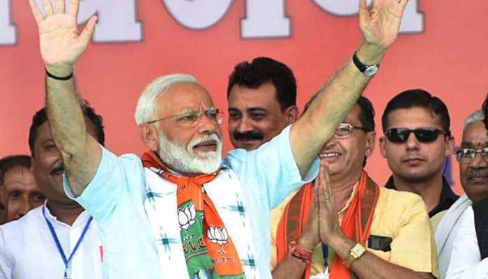 कांग्रेस की चुनाव आयोग से मांग, पीएम मोदी को काफिले के साथ यात्रा की अनुमति न दें